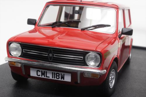 Mini Clubman Eatate red 1974